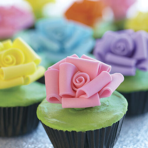 Loopy Roses Cupcakes