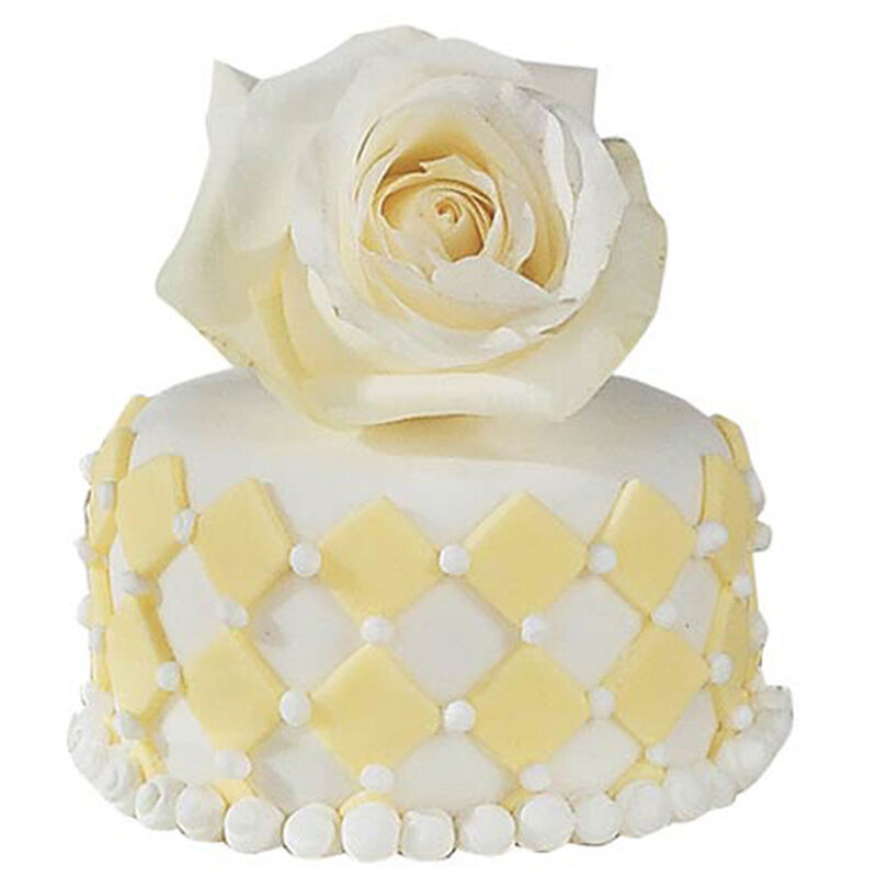 A Budding Romance Mini Cake image number 0