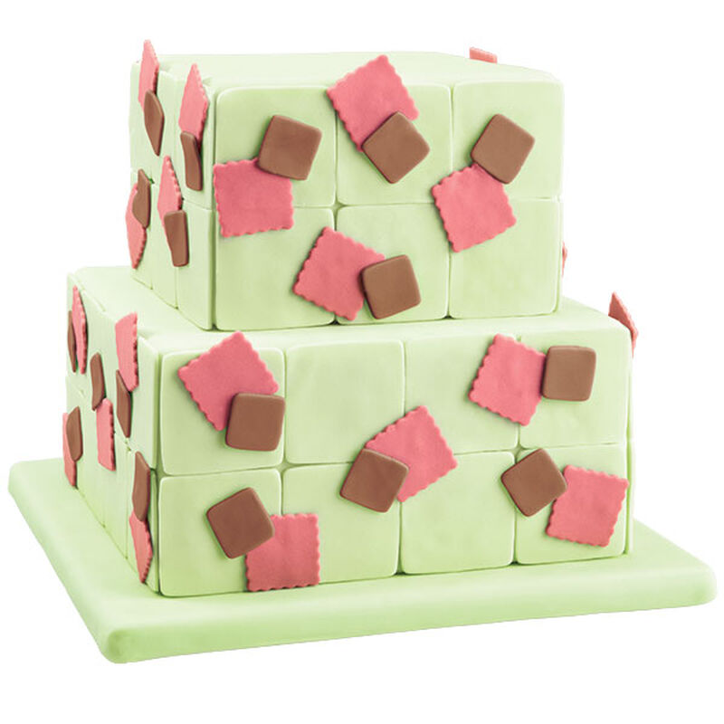 Tiled Tiers Square Layer Fondant Cake image number 0