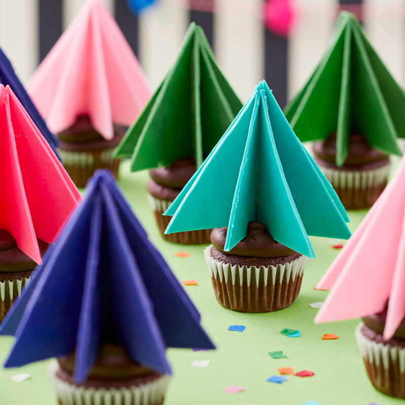 Video for How to Make 3D Candy Tree Cupcake Toppers