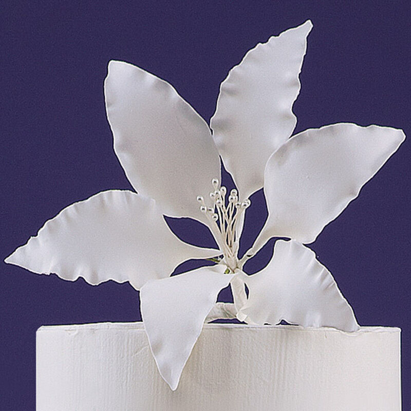Gum Paste Lily image number 0