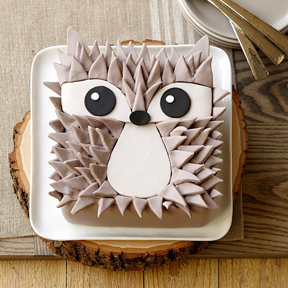 Edgy Hedgehog Cake Wilton