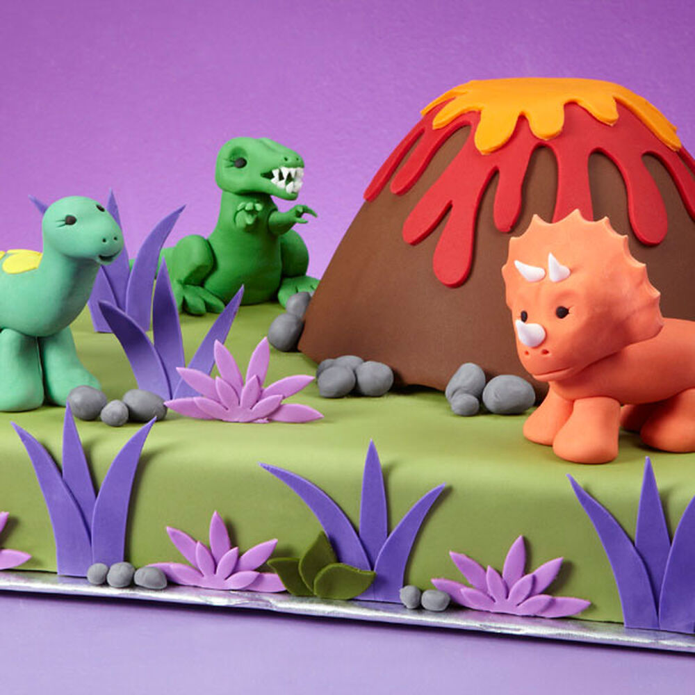 Wedding Cake Stand Ideas: Dino-mite Cake