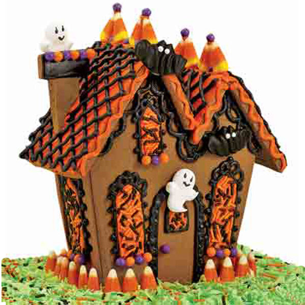 Delightful Ghostly Guest Gingerbread House | Wilton