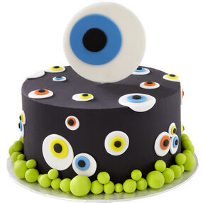 ?Eyes See You? Halloween Cake