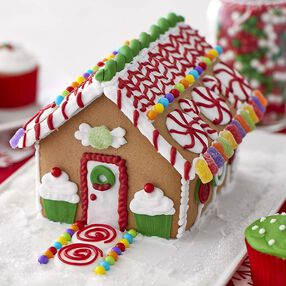 Sweet and Petite Gingerbread House