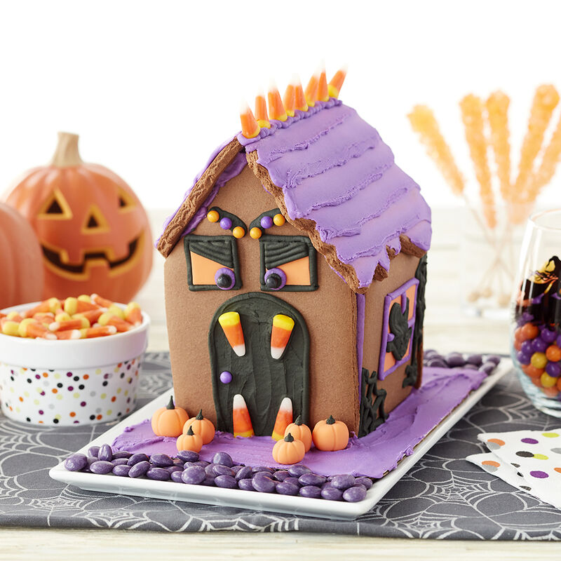 Frightfully Fun Halloween Cookie House #1 image number 0