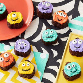 Pumpkin Faces Brownie Bites