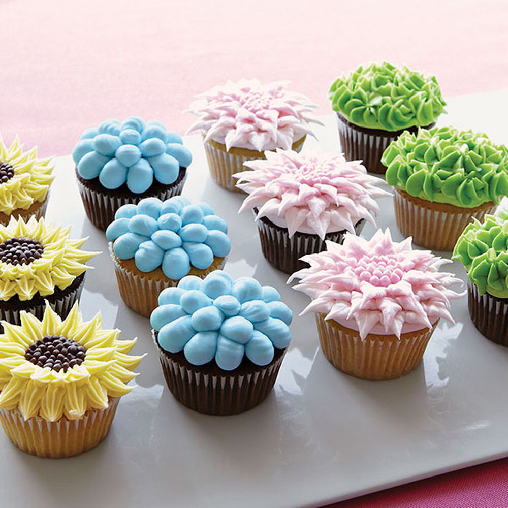 Floral Decorating Ideas: Fanciful Floral Cupcakes