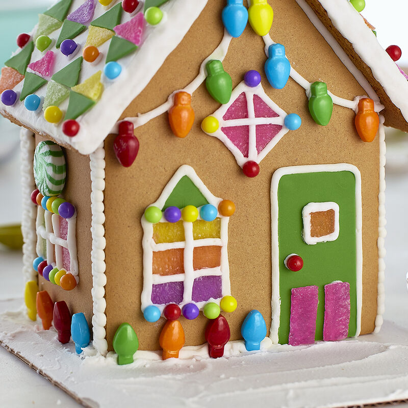 Tinsel Dreams Gingerbread House #2 image number 1