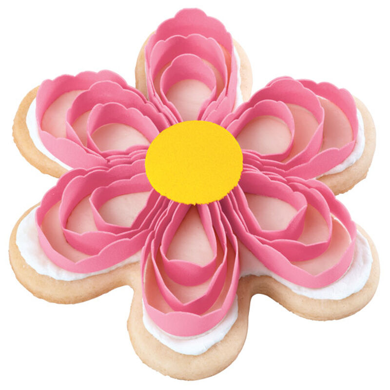 Pretty Pink Scroll Posy Cookies image number 0