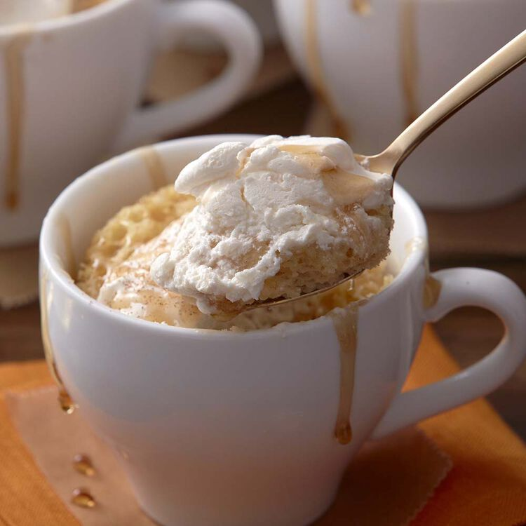 Maple Drizzle Mug Cake