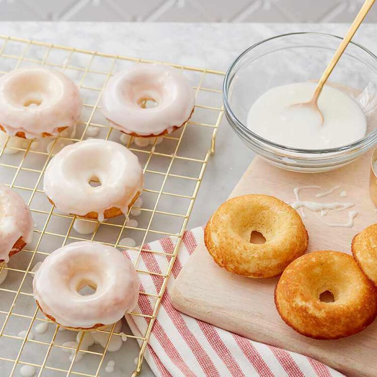 Donuts with Vanilla Powdered Sugar Icing