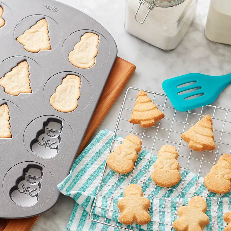 Christmas icon-shaped sugar cookies image number 0