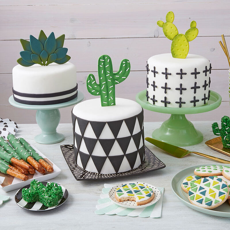Dot and Cross Cactus Cake image number 1