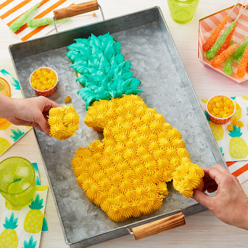 Pineapple Pull-Apart Cake image number 0