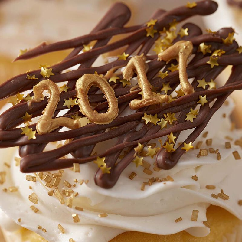 Happy New Year 2017 Cupcakes image number 1