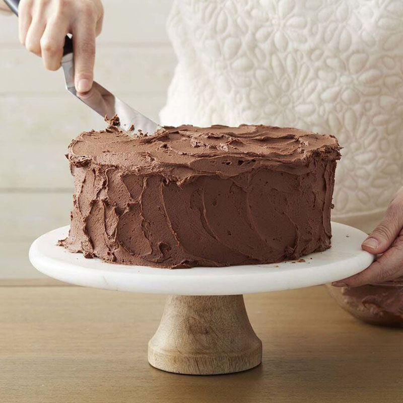 Easy Chocolate Buttercream Frosting Recipe image number 0