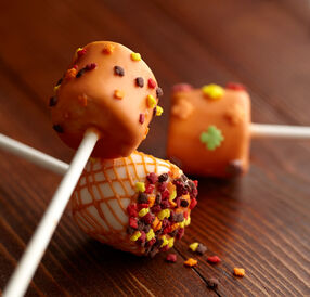 Pumpkin Spice-Dipped Marshmallow Treats