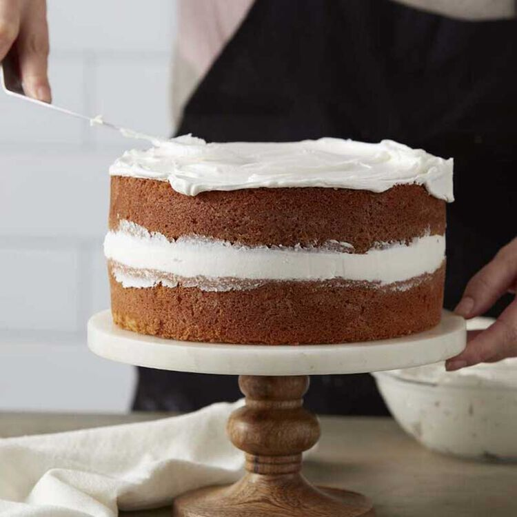 Frosting a Layered Butter Cake