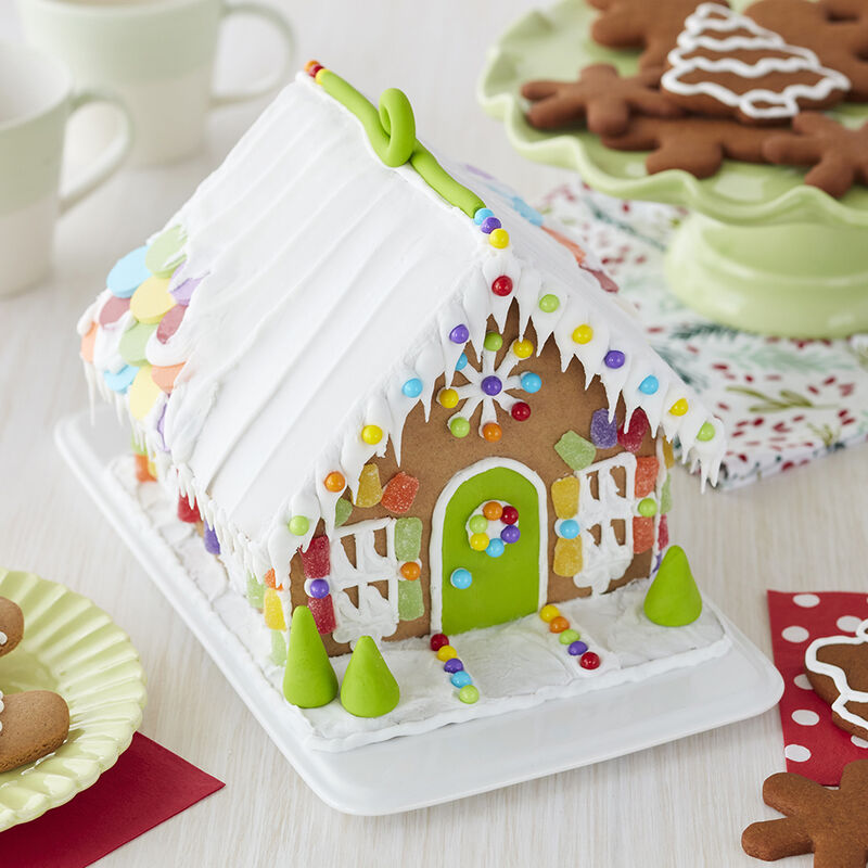 Candy Sweet Gingerbread House #5 image number 1