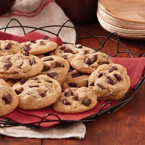 Wilton Old Fashioned Chocolate Chunk Cookies