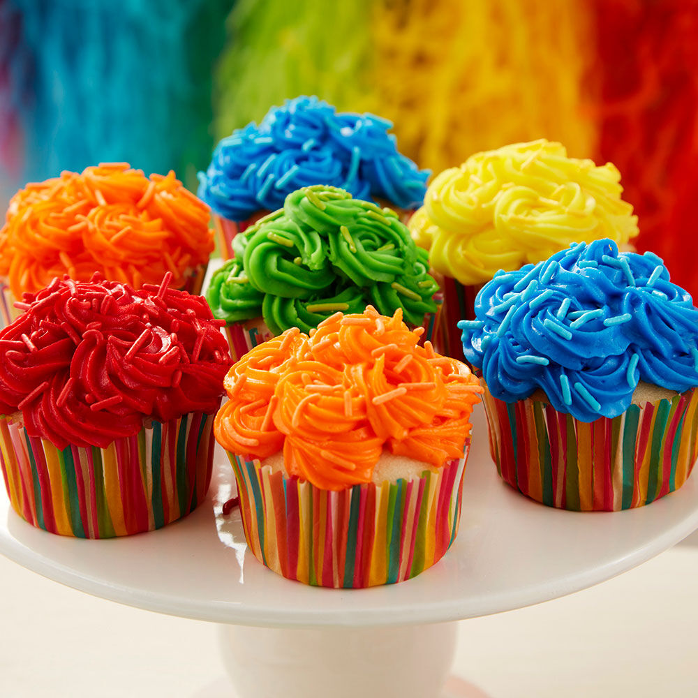 Bright and Bold Birthday Cupcakes : super easy cupcake decorating ideas - www.pureclipart.com