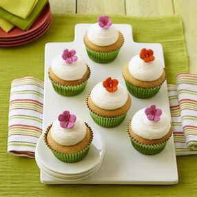 Gardening Guru Hibiscus Cupcakes