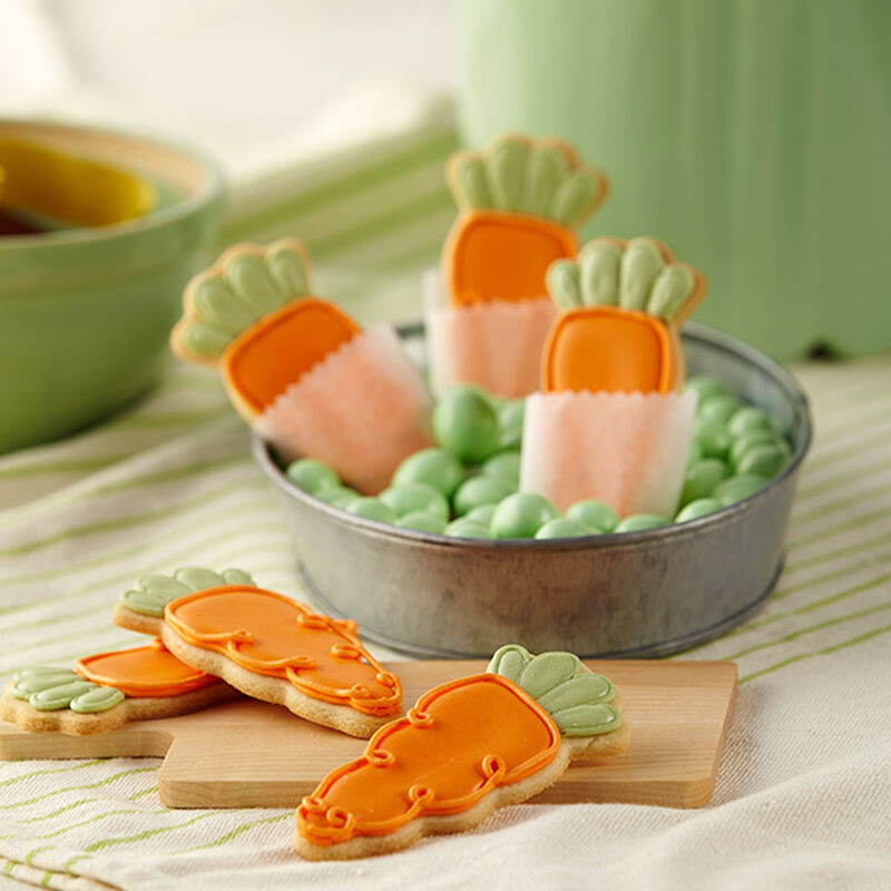 Cute Roll-Out Carrot Cookies image number 0