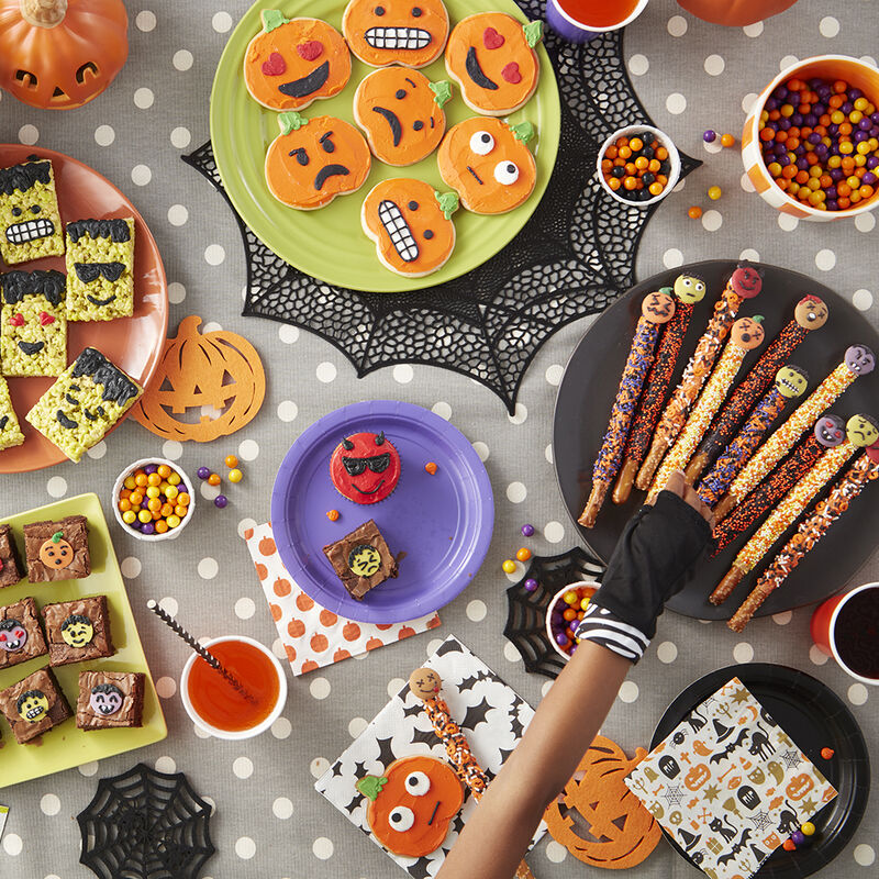 Kids Halloween Party Ideas image number 3