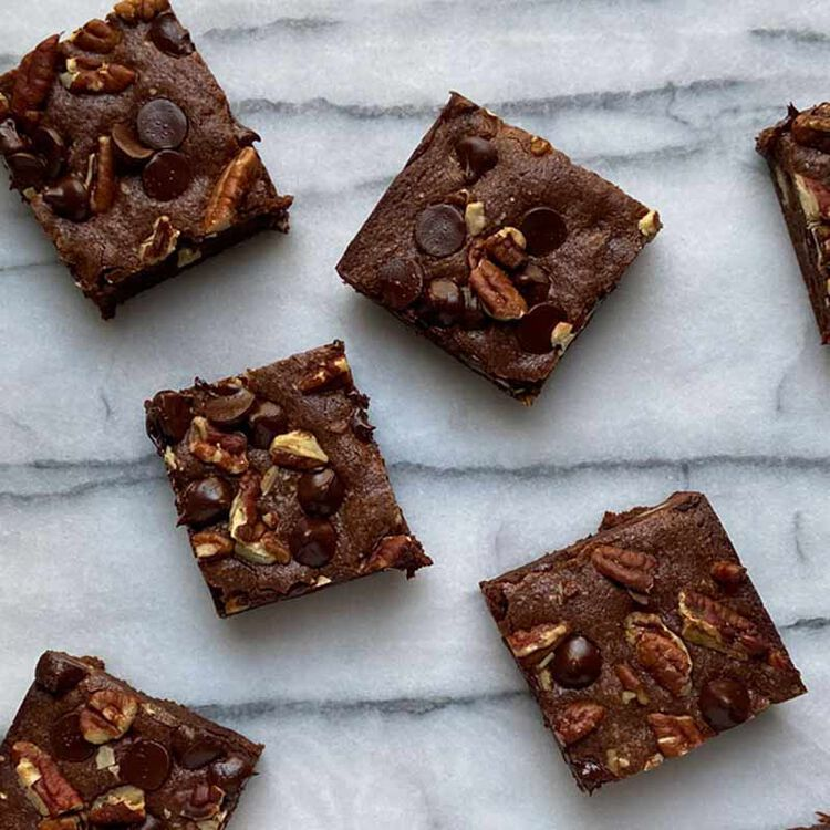 pieces of brownies with chocolate chips and walnuts