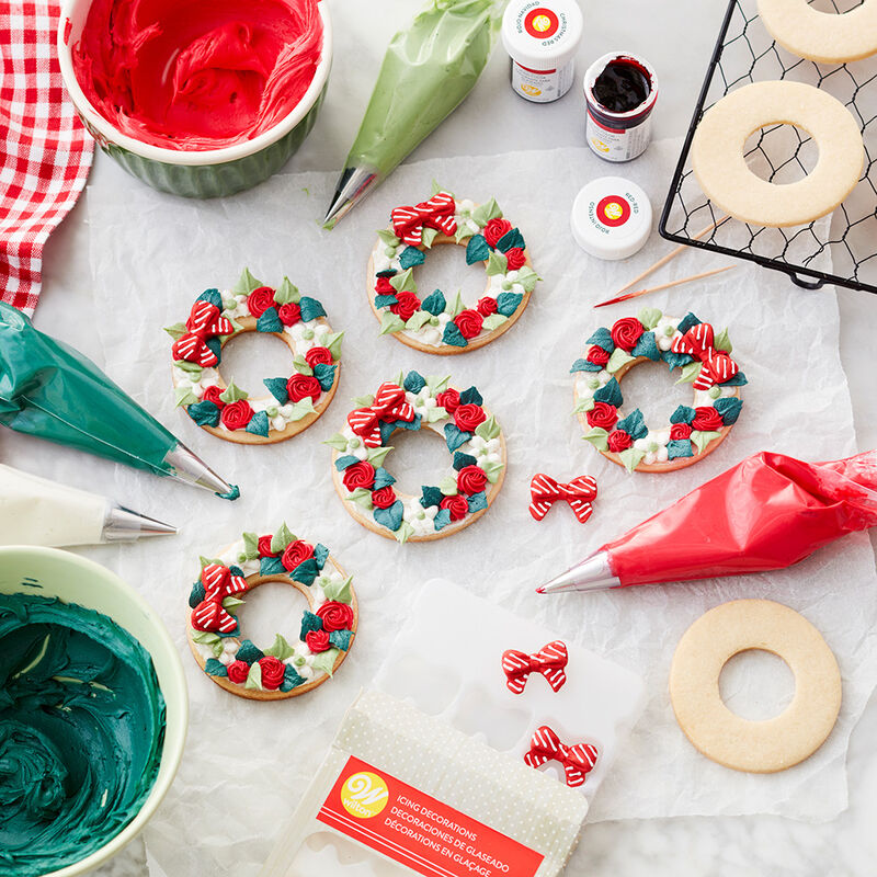 Christmas Wreath Cookies image number 1