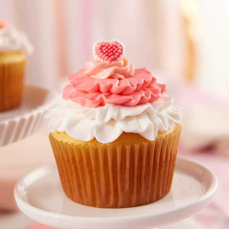All Ruffled Up Valentine?s Day Cupcakes