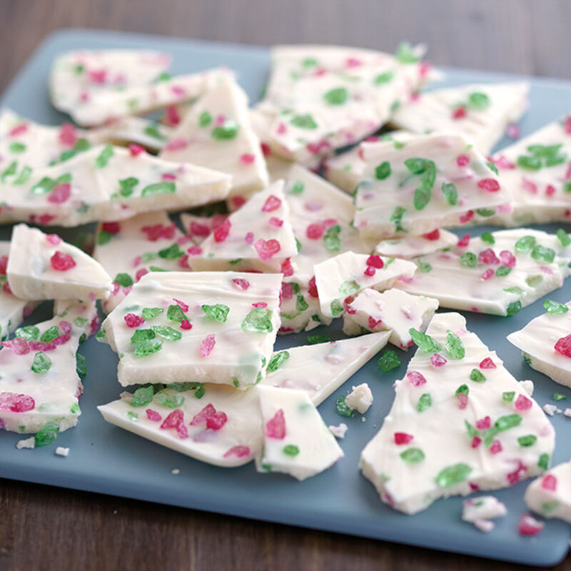 Crunchy Christmas Candy Bark image number 0