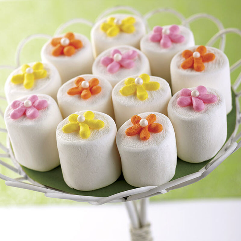 Buttercream Flower-Topped Marshmallow Treat image number 0