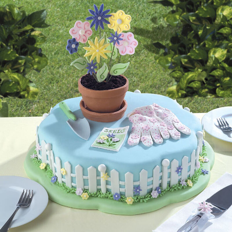 A Planter's Paradise Cake image number 0