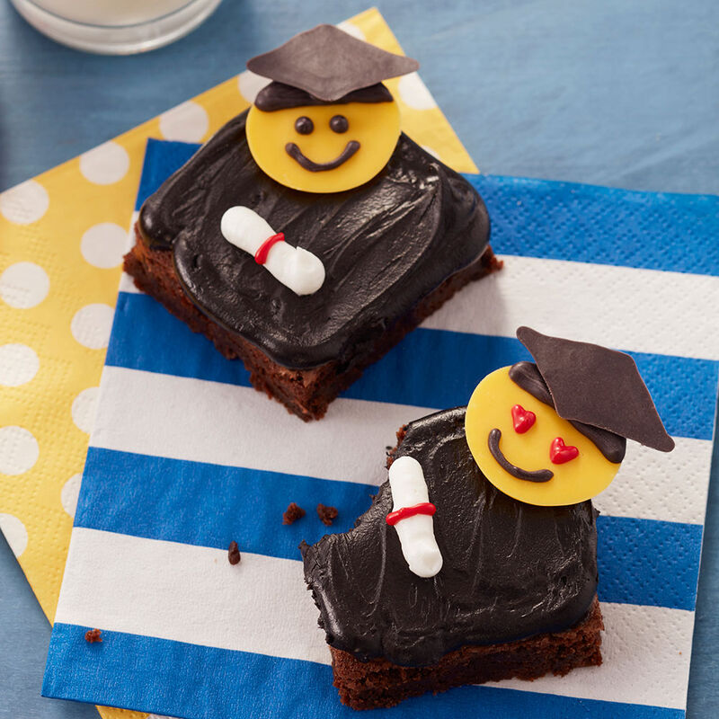 Graduation Day Brownies image number 1
