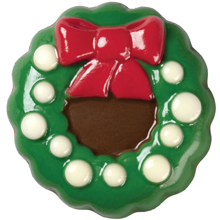 Dazzling Wreath Candy-Coated Cookies
