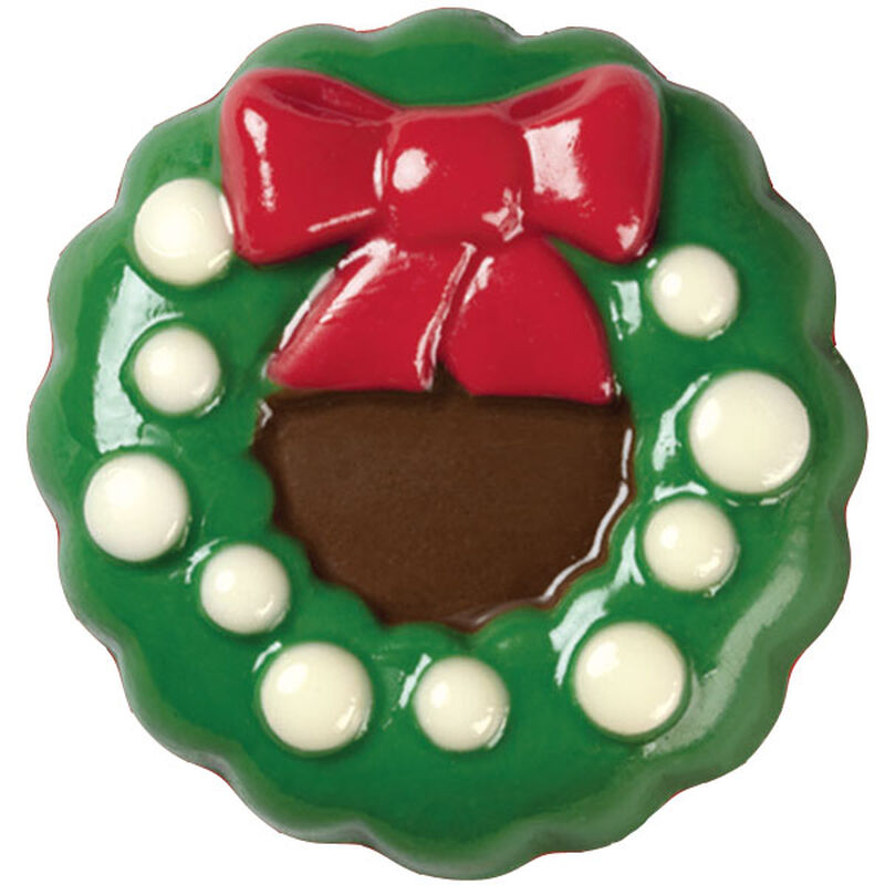 Dazzling Wreath Candy-Coated Cookies image number 0