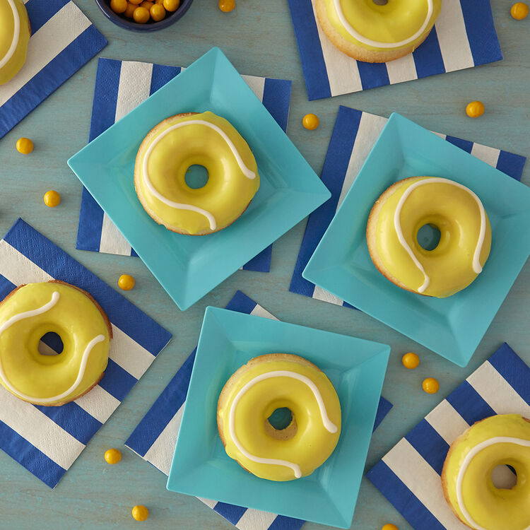 LOVE These Tennis-Inspired Donuts!