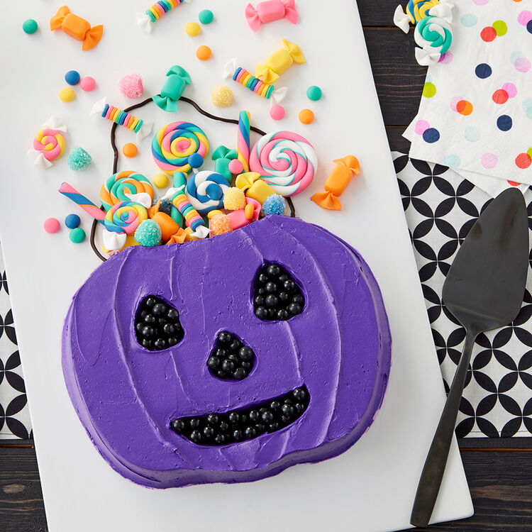 Trick-Or-Treat Candy Bucket Cake