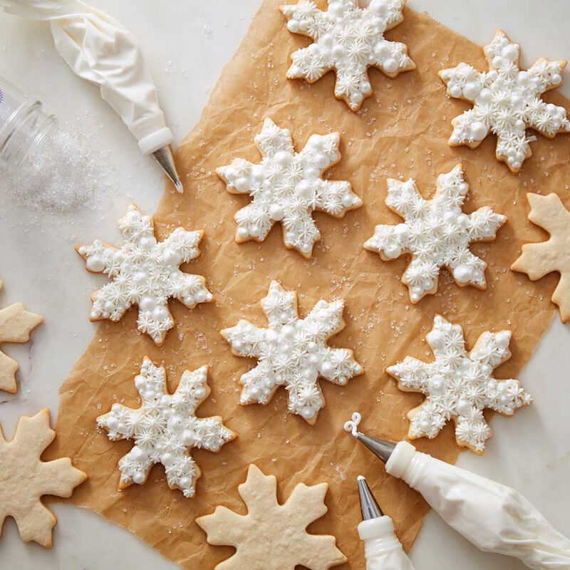 Snowflake Buttercream Cookies image number 0