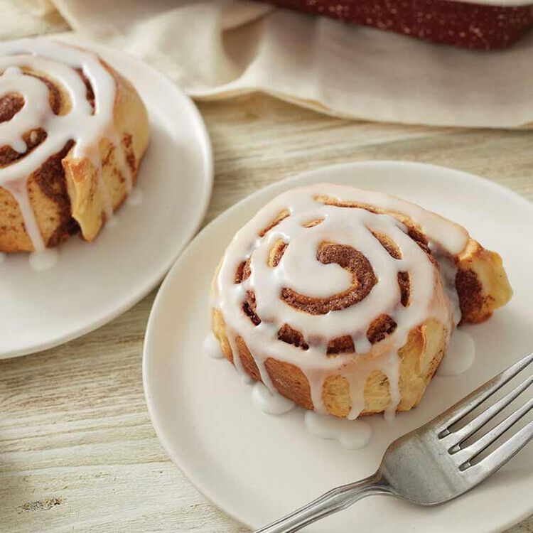 Cinnamon Rolls with Powdered Sugar Icing