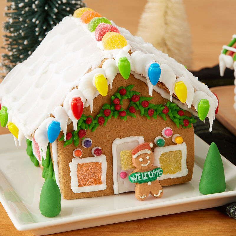 Visit Party Town Gingerbread Village  image number 1