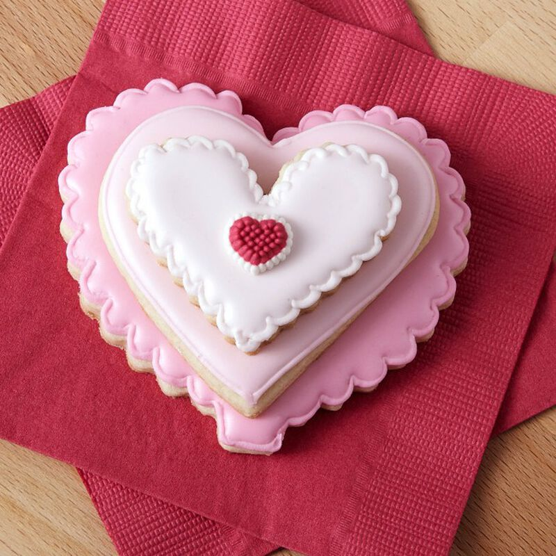 Stackable Ombre Heart Cookies image number 0