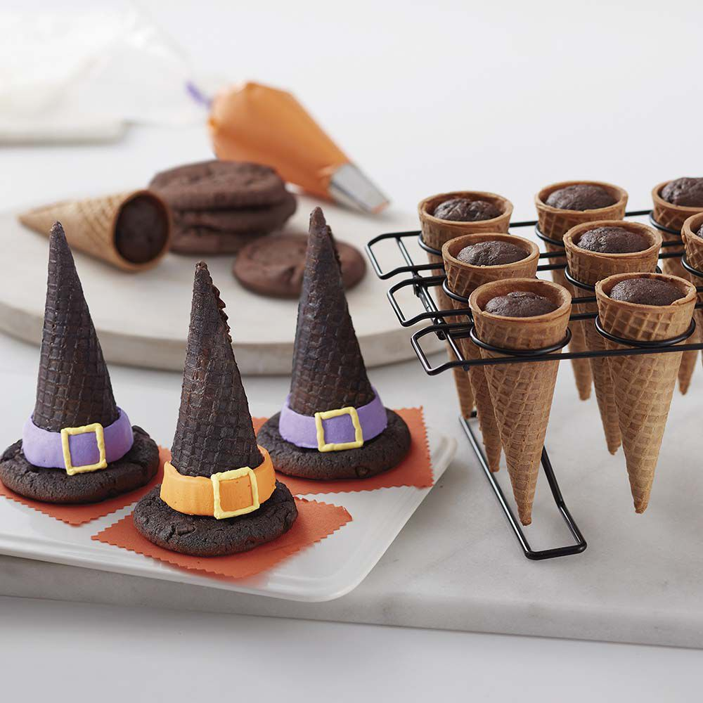 & Halloween Witch Hat Cupcake Cones | Wilton