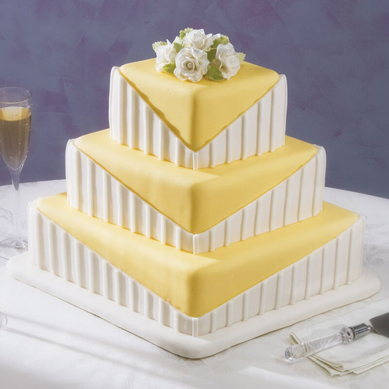 Diamonds are Forever Cake image number 0