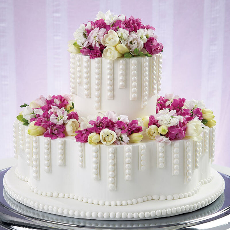 Dripping with Pearls Cake image number 0