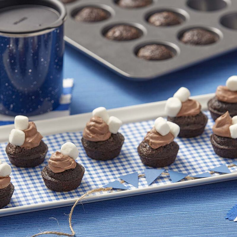 Wilton Mini Hot Chocolate Brownies image number 1
