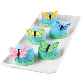 Butterfly Landing Mini Cakes